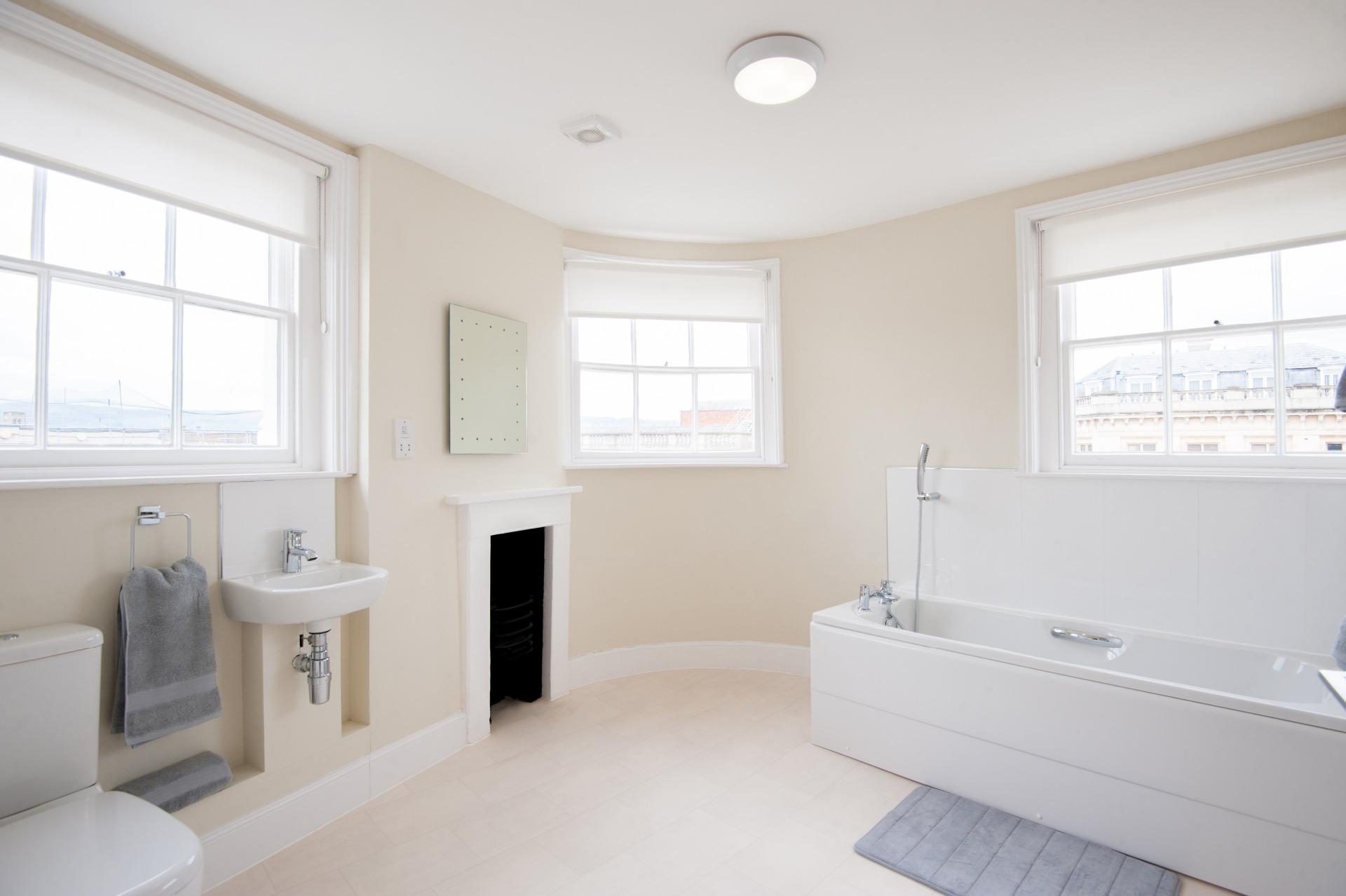 Large bathroom at High Street Duplex Apartment