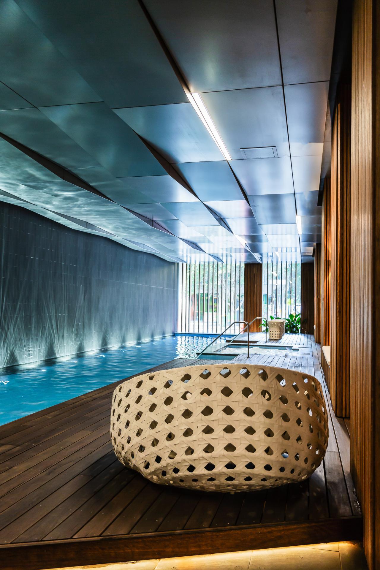 Pool at Doepel Way Apartments
