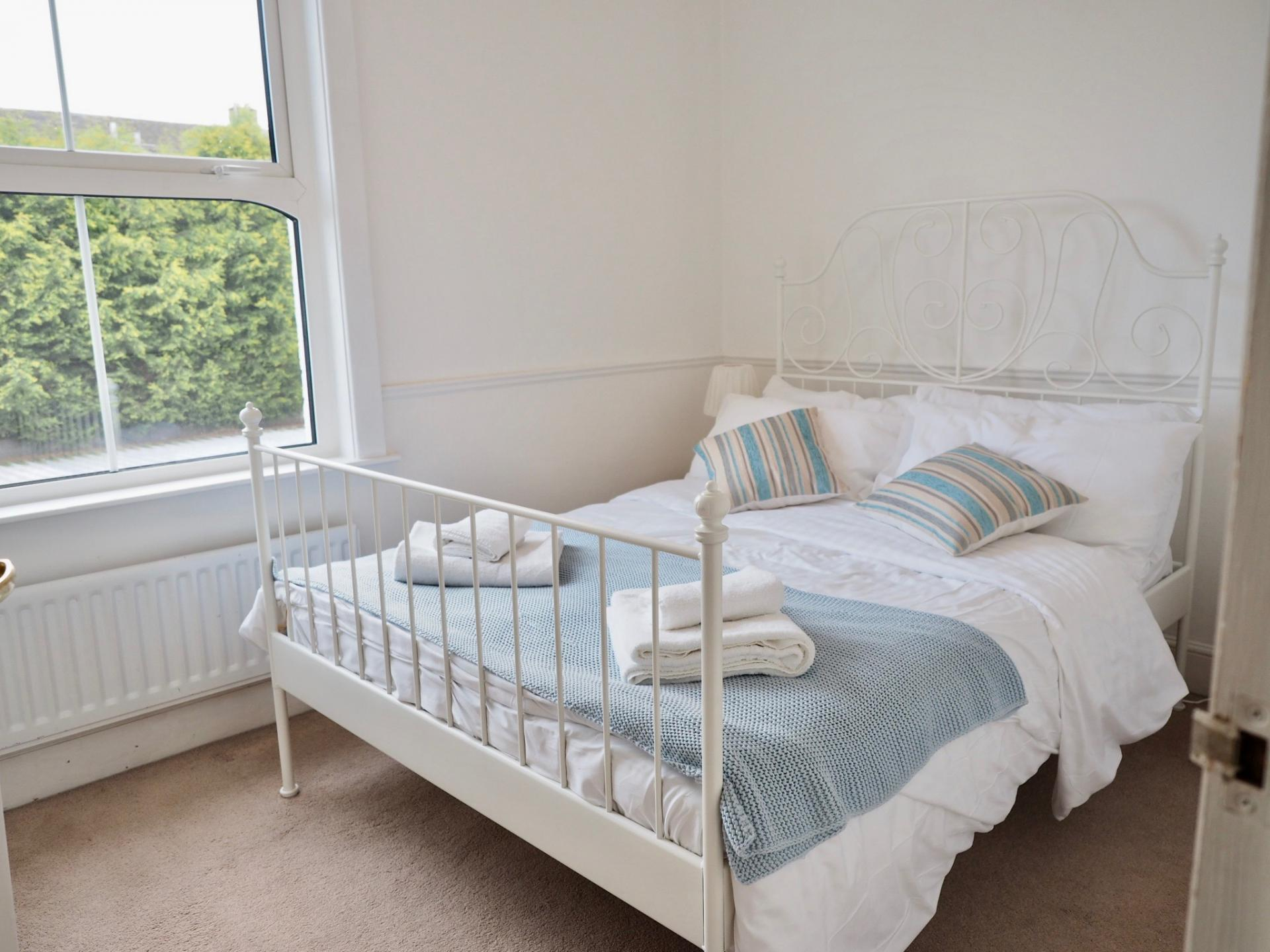 Bedroom at Gordon Street House, Centre, Leamington Spa