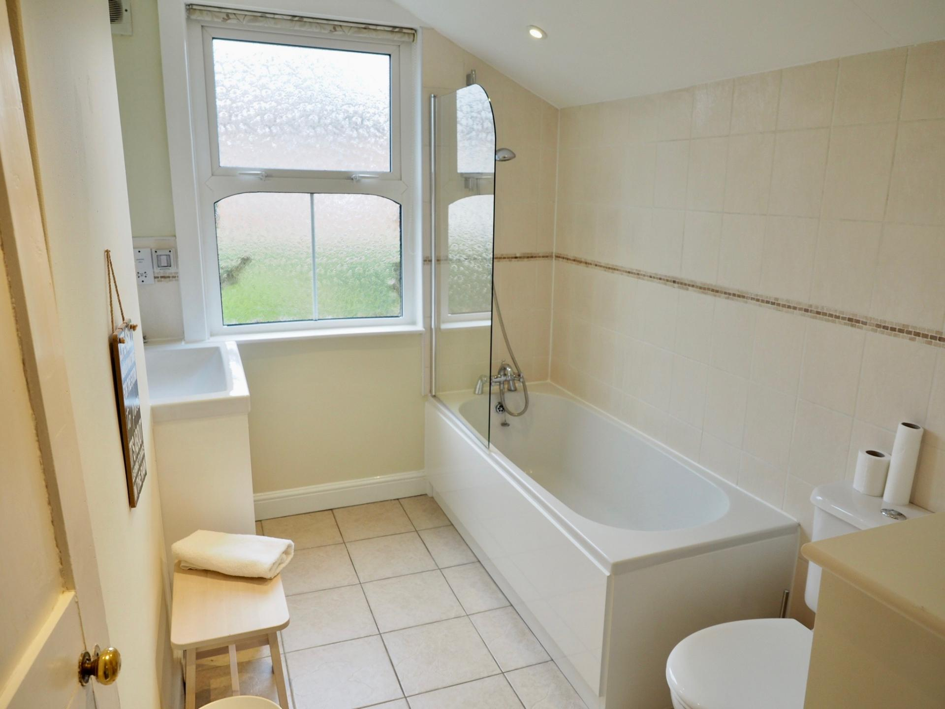 Bathroom at Gordon Street House, Centre, Leamington Spa