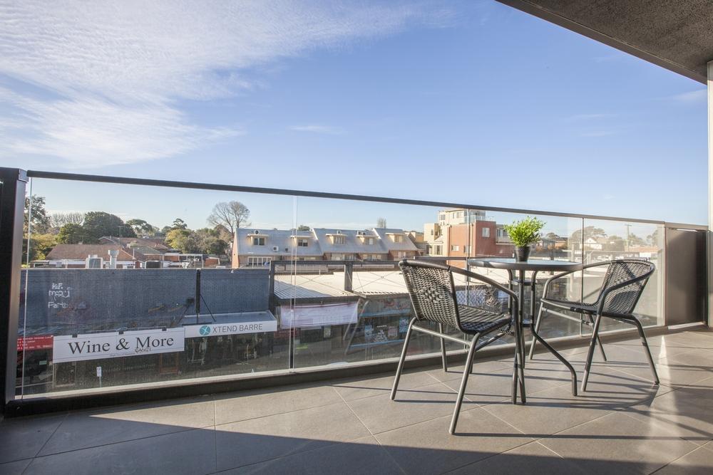 Balcony at Hampton Hub Apartment