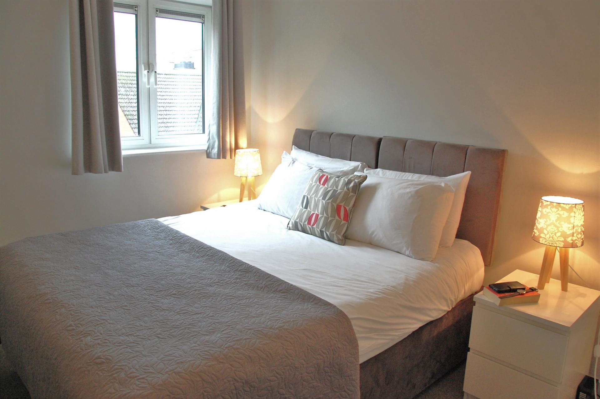 Cosy bedroom at the Cotels Centro Apartments