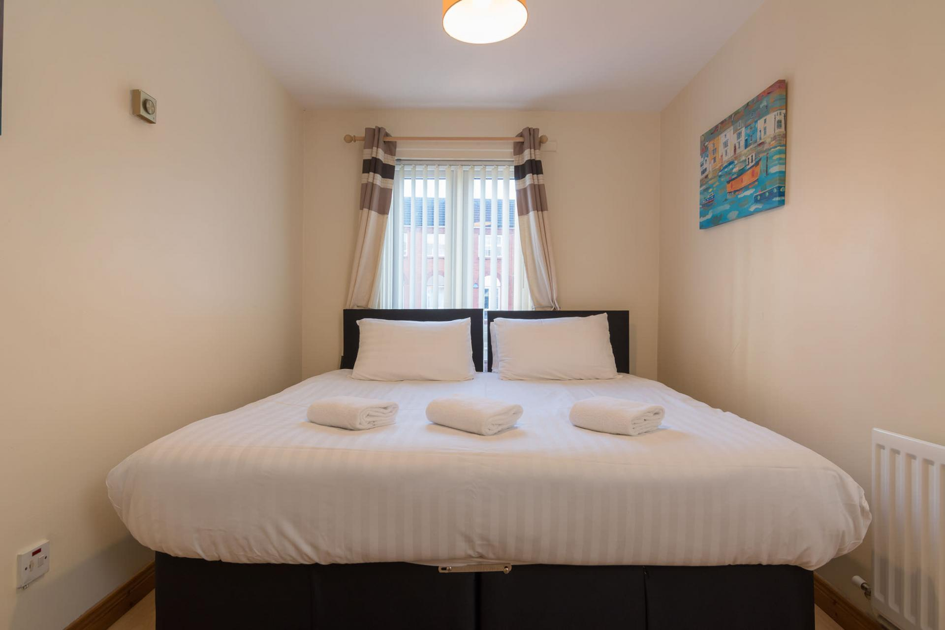 Zip and link beds at Ashburne Place Apartment