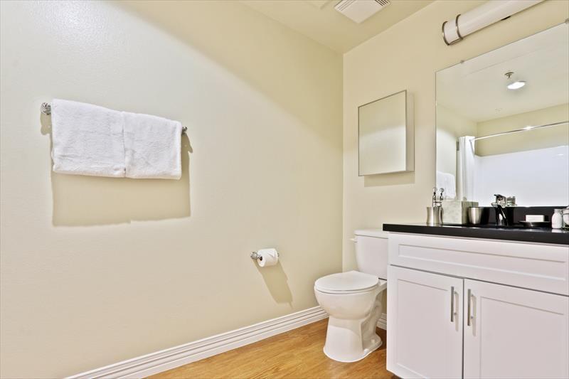 Bathroom at 425 Broadway Apartments