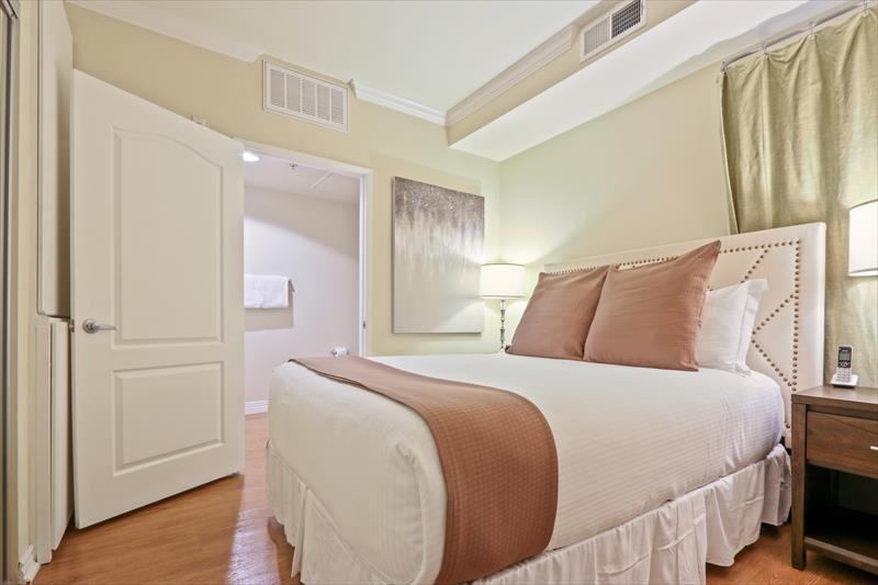 Bedroom at 425 Broadway Apartments