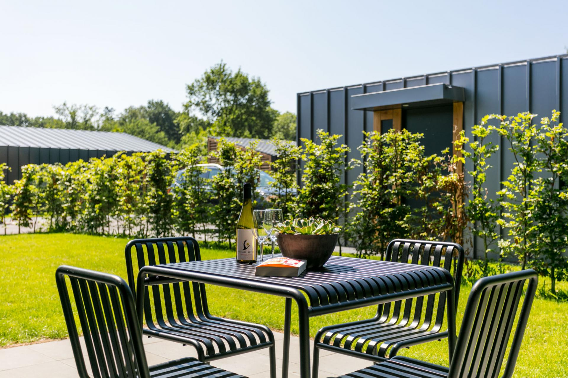 Terrace area at Gooilanden Lodges