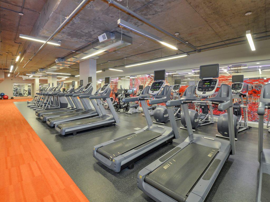 Gym at 75 Tresser Boulevard Apartment