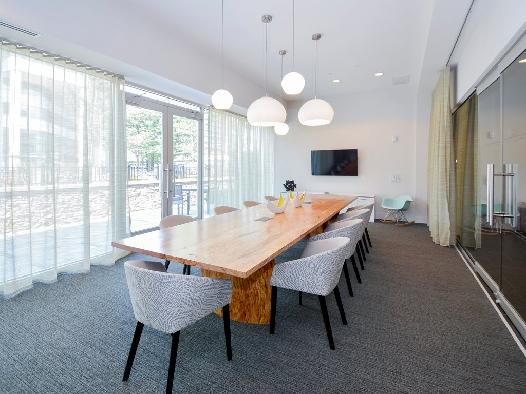 Meeting room at 75 Tresser Boulevard Apartment