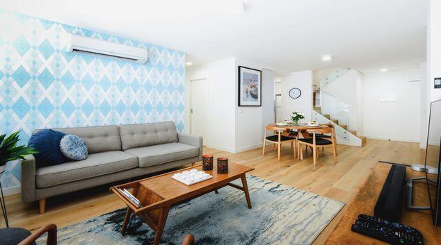 Living room at Hampton Lookout Apartment