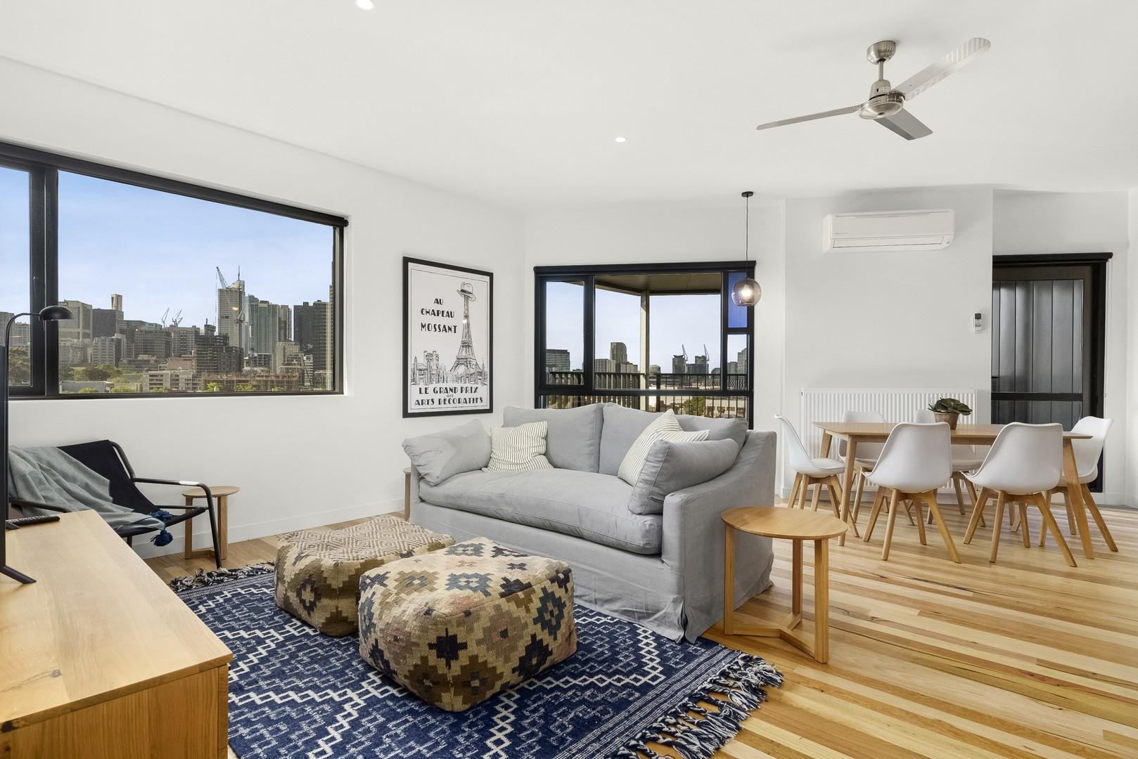 Living room at Highviews Apartment