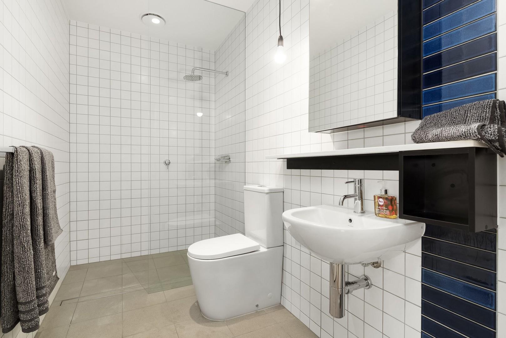 Bathroom at Highviews Apartment