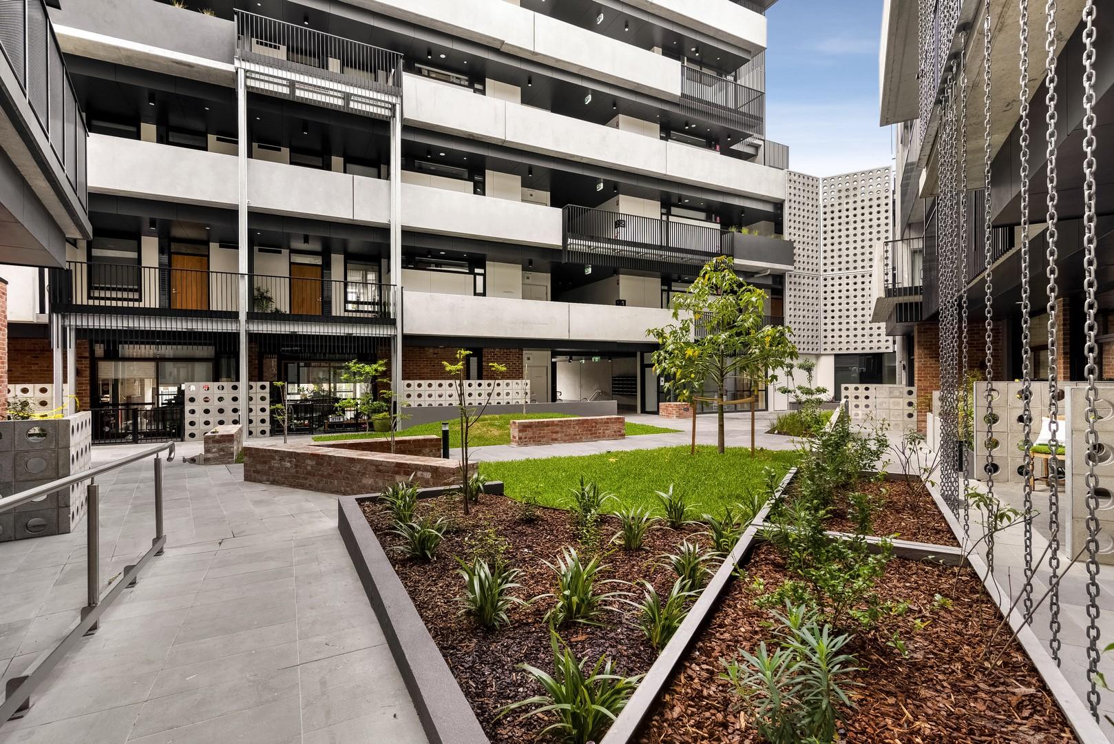 Exterior at Highviews Apartment