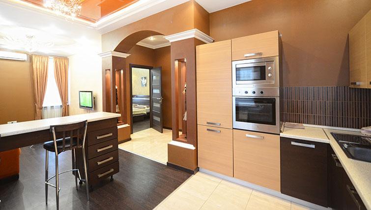 Equipped kitchen in Mala Zhitomirskaya Apartment