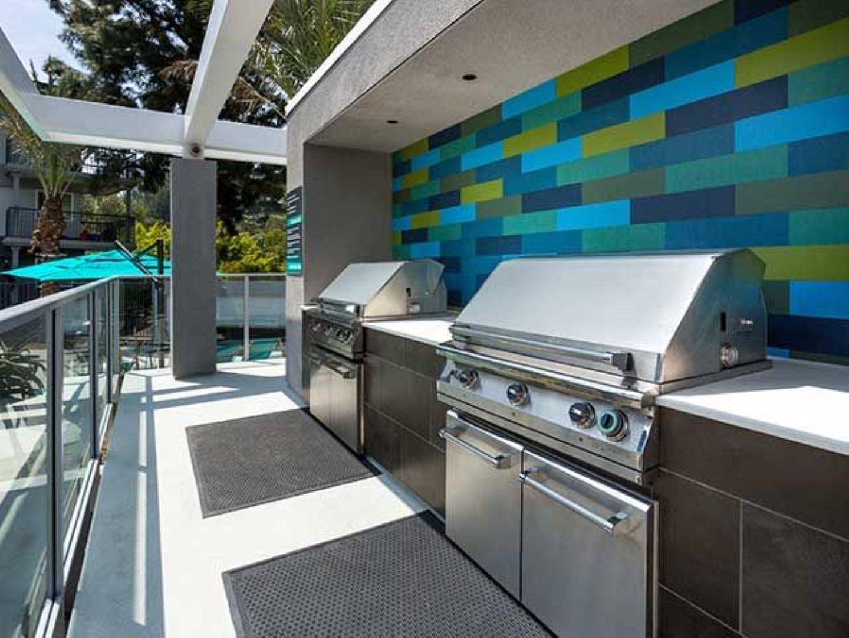 BBQ at Ava Toluca Hills Apartments, Toluca Lake, Los Angeles