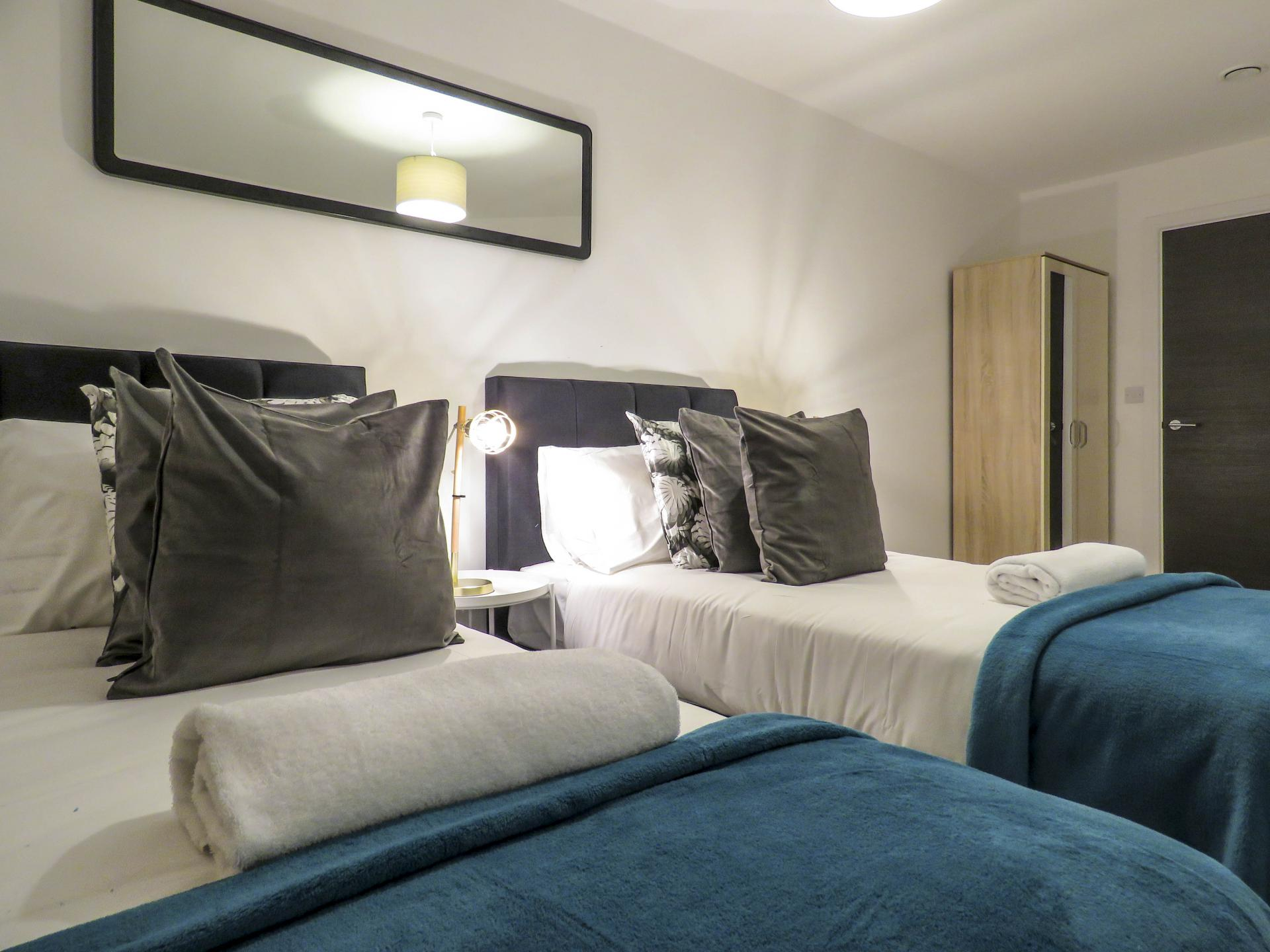 Twin beds at Warstone Lane Serviced Apartment