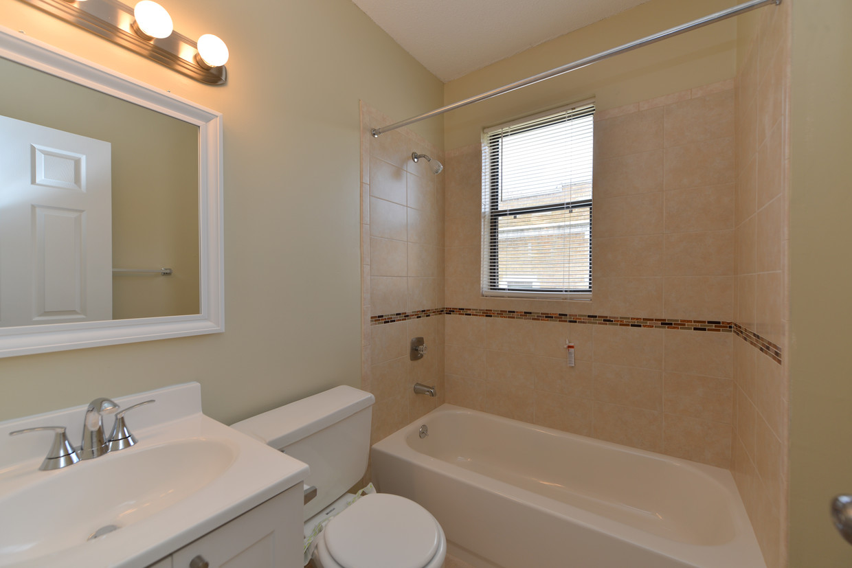 Bathroom at Clemens Place Apartment