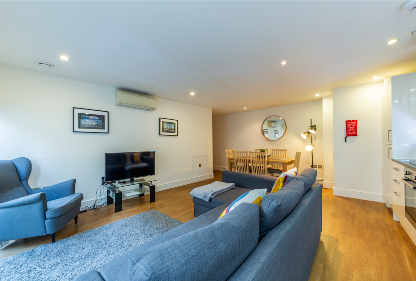 Living area at Redan Place Apartments