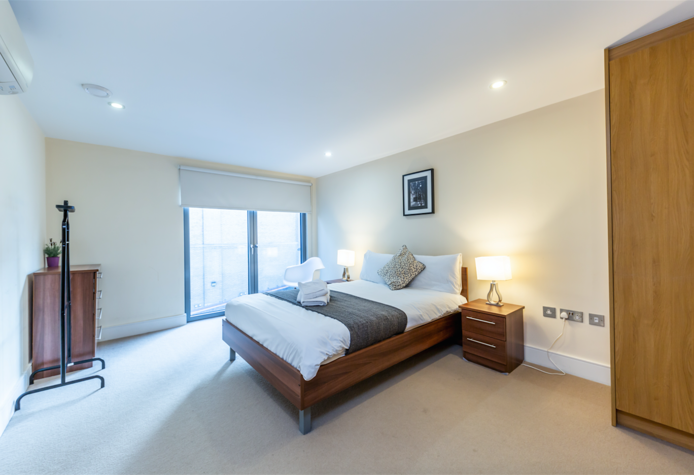 Bed at Redan Place Apartments