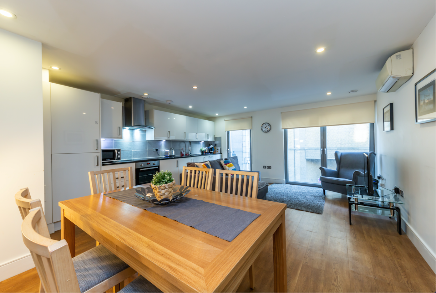 Dining area at Redan Place Apartments