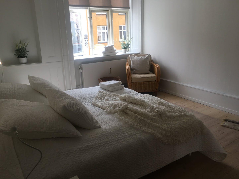 Bright bedroom at Nørrebrogade Apartments, Nørrebro, Copenhagen