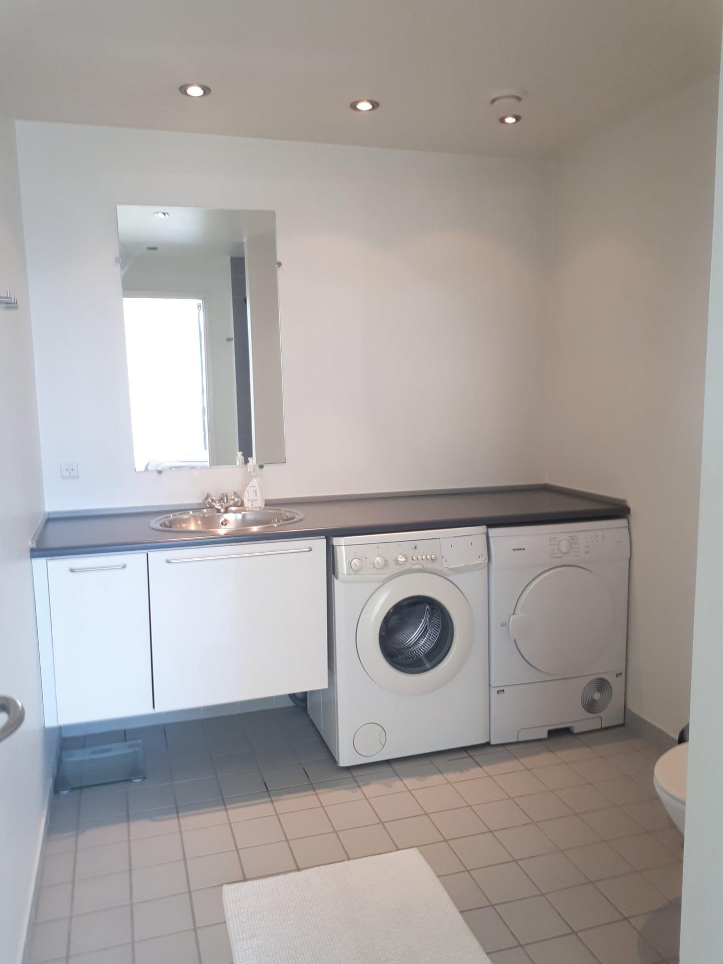 Laundry at Dampfærgevej Apartment, Centre, Copenhagen
