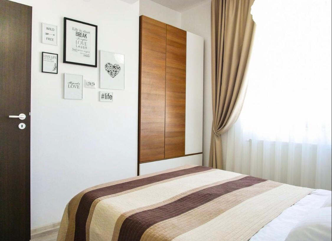 Bedroom at Lazar Residence Apartments