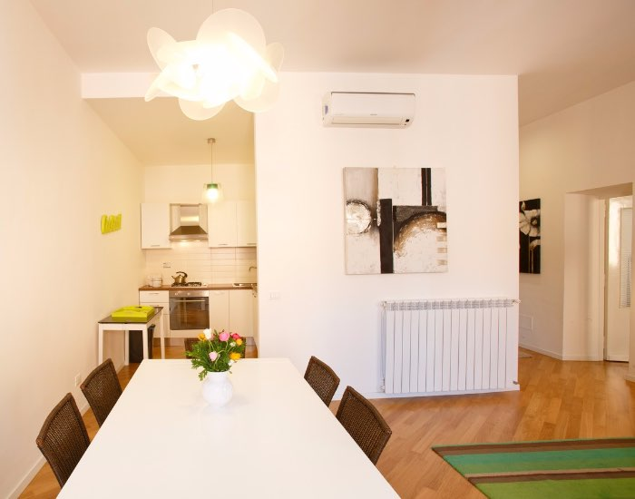 Dining table at Little De Fiori Apartments