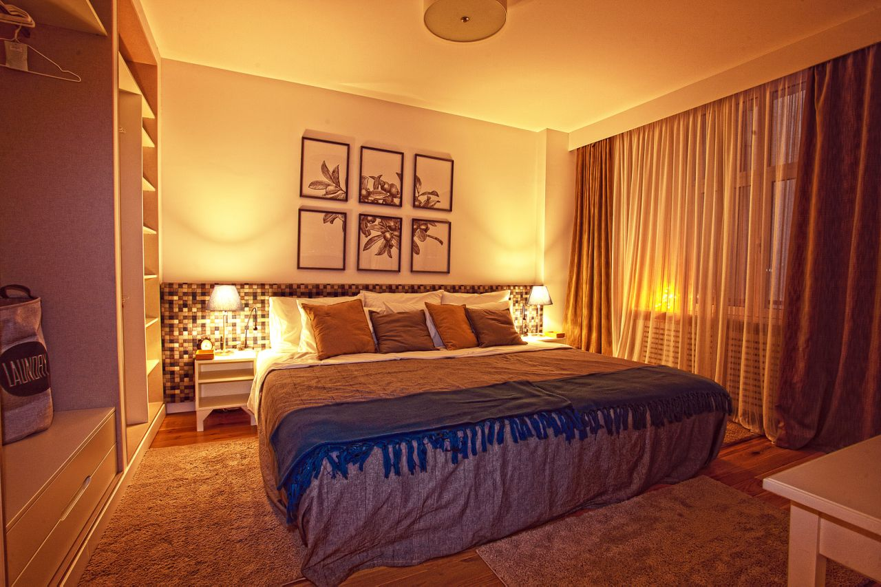 Bedroom at White Apartment, Kosančićev Venac, Belgrade
