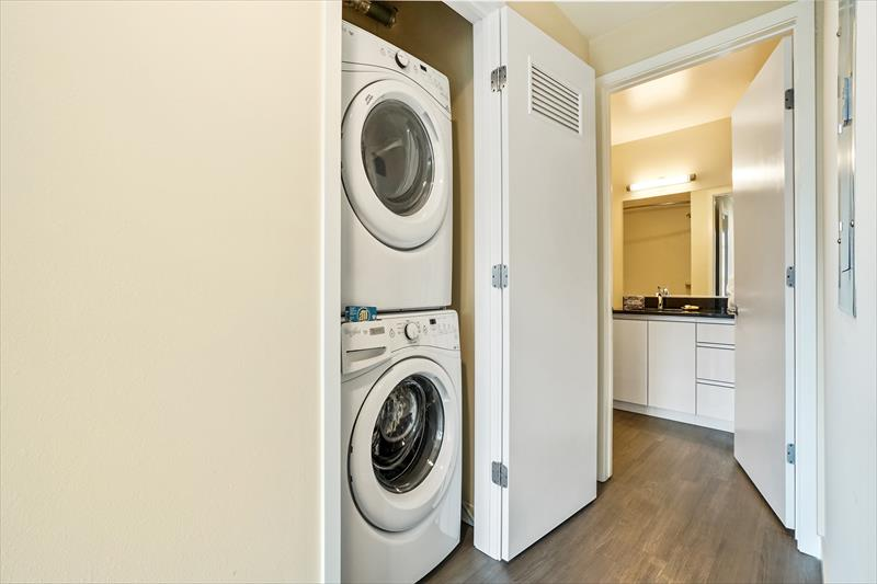 Laundry facilities at Azure Apartments, Mission Bay, San Francisco