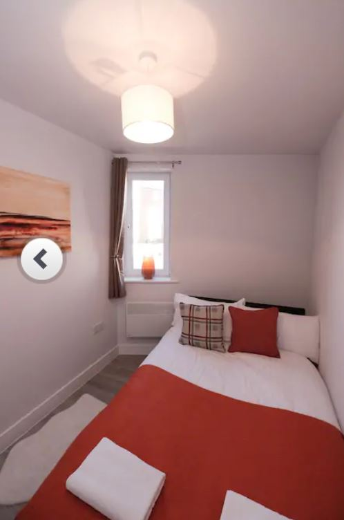 Cosy bedroom at Barall Court Apartments