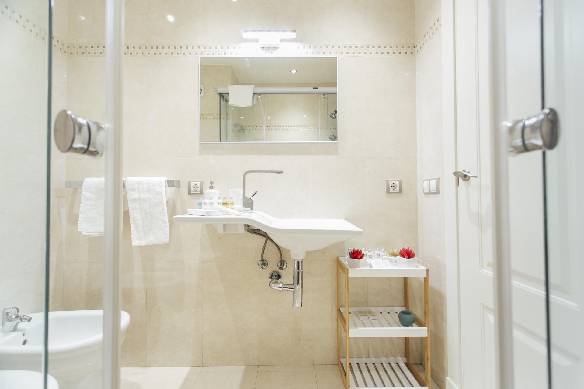 Bathroom at Arjona Apartment, Centre, Seville