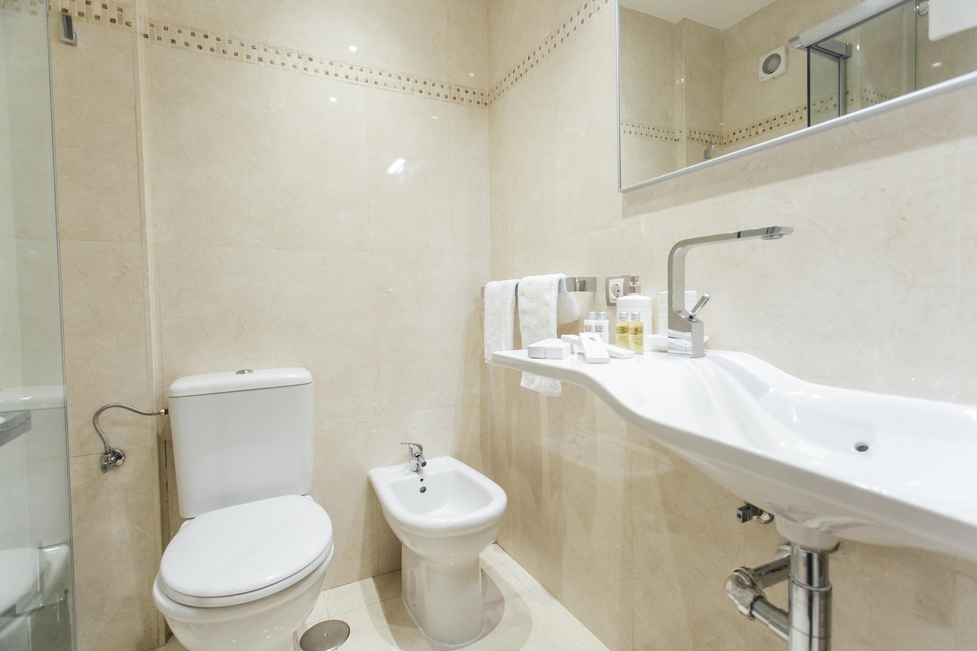 Toilet at Arjona Apartment, Centre, Seville