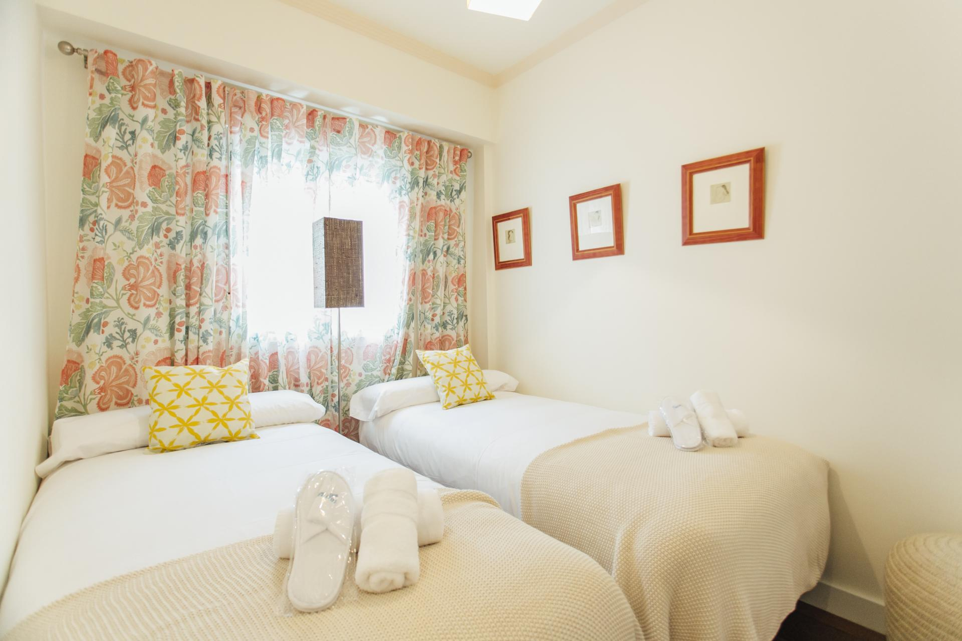 Twin beds at Arjona Apartment, Centre, Seville