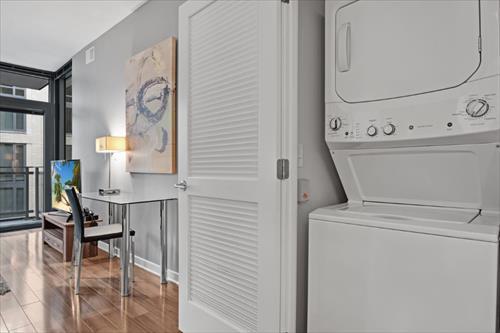 Laundry facilities at Flats 8300 Apartments