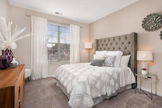 Bedroom 803 Corday Apartment