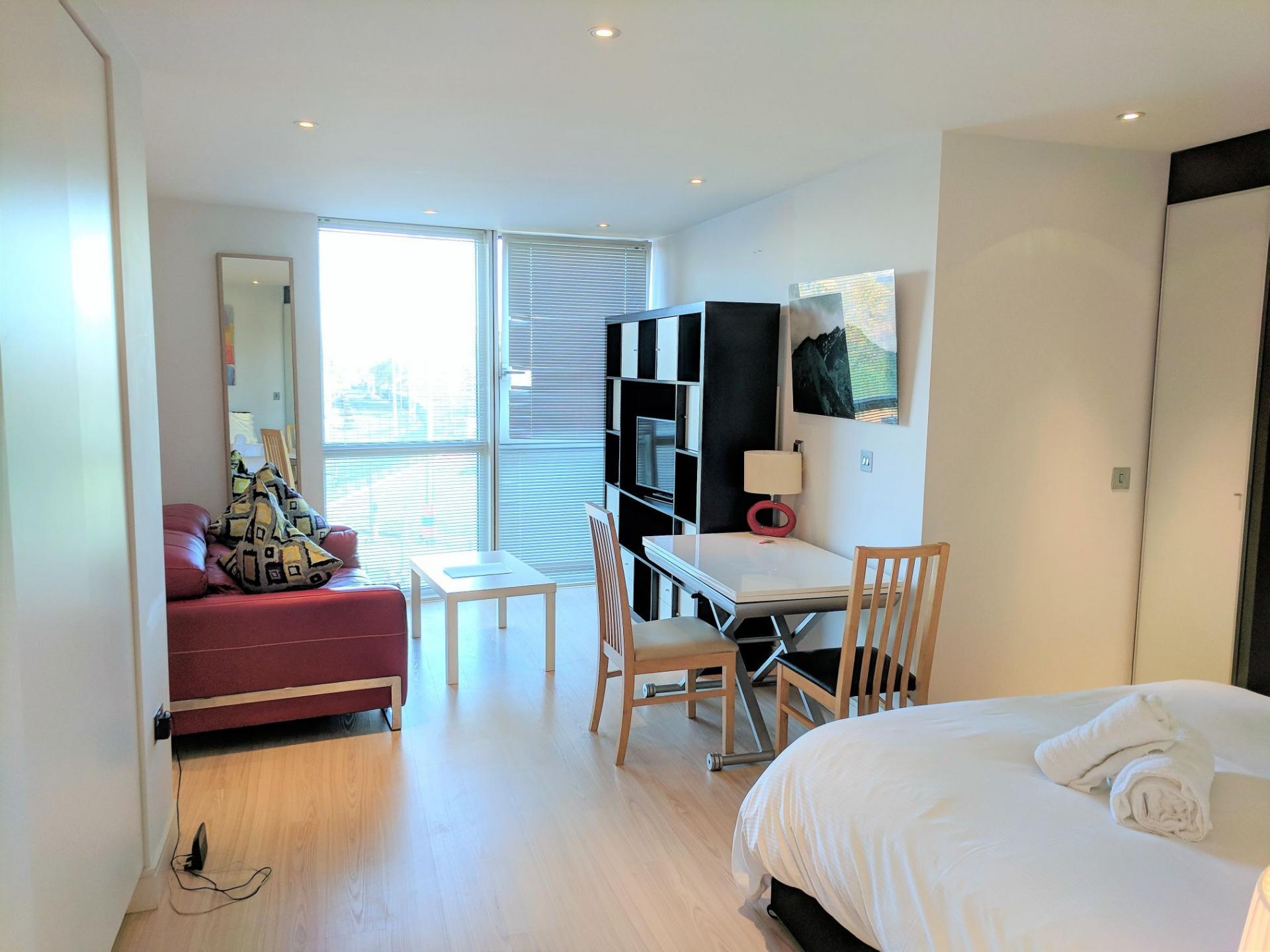 Large studio at Gunwharf Quays Serviced Apartments
