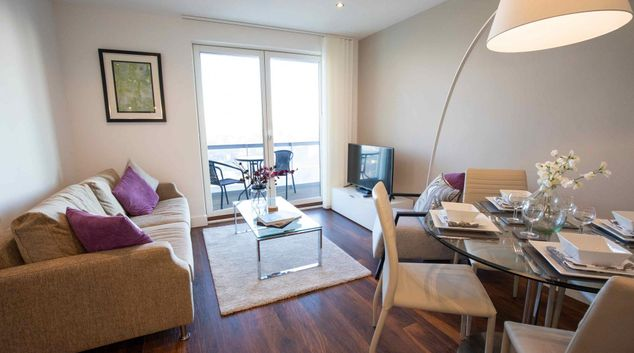 Living area at Manchester Greengate Apartments