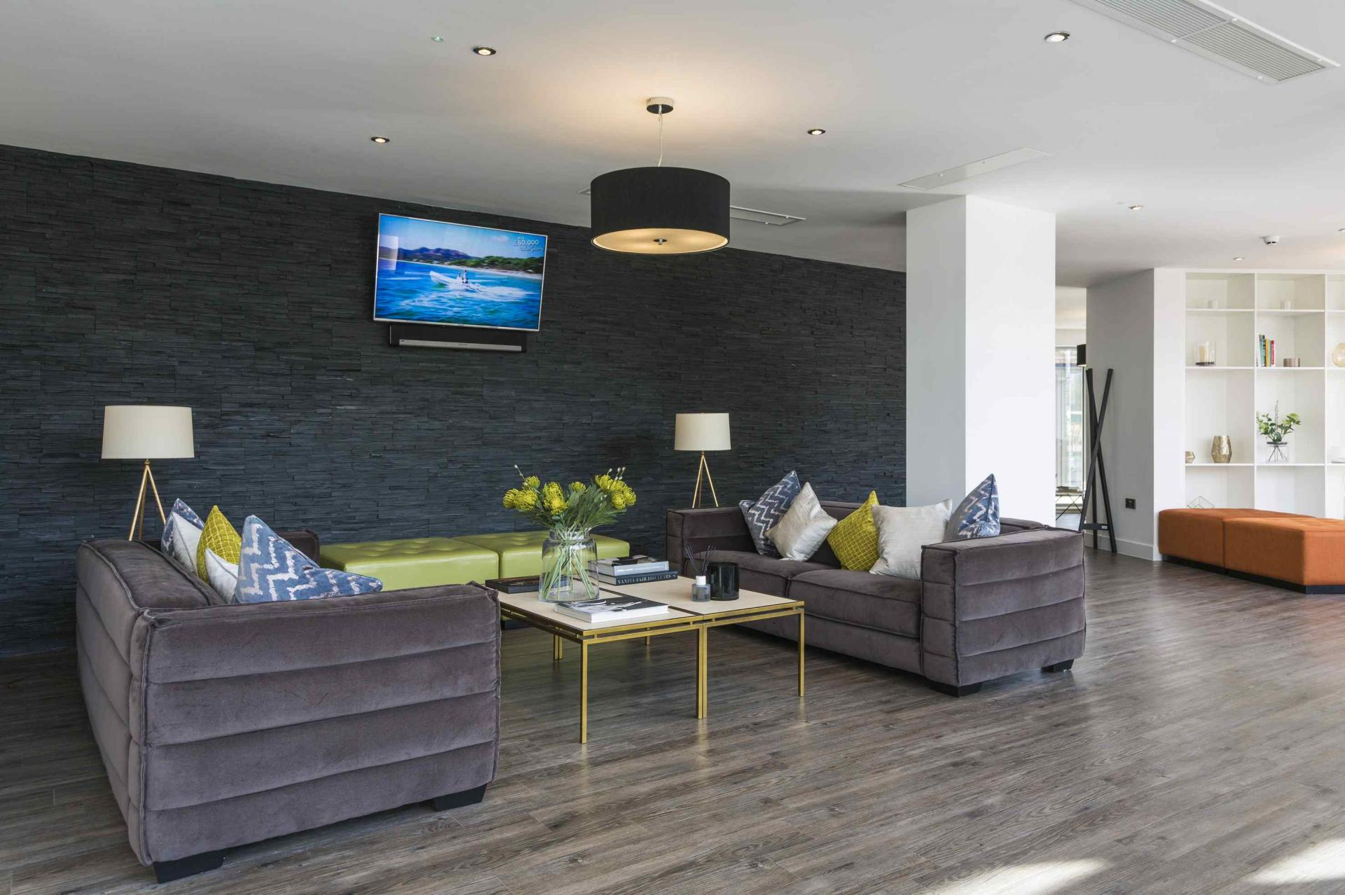 Communal lounge at Manchester Greengate Apartments
