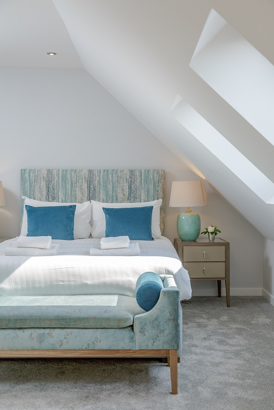 Cosy bed at Royal Mile Residence Apartments