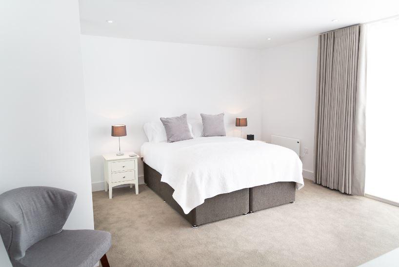 Bright bedroom at Park House duplex Apartments, King's Hedges, Cambridge