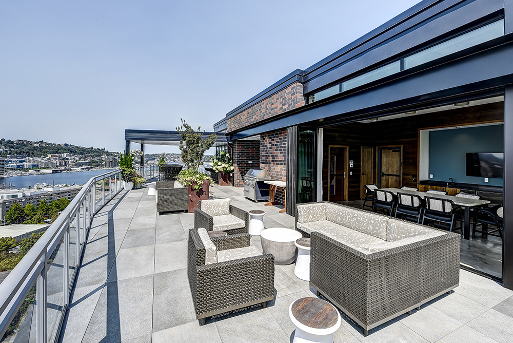 Rooftop Terrace at 642 Yale Apartment