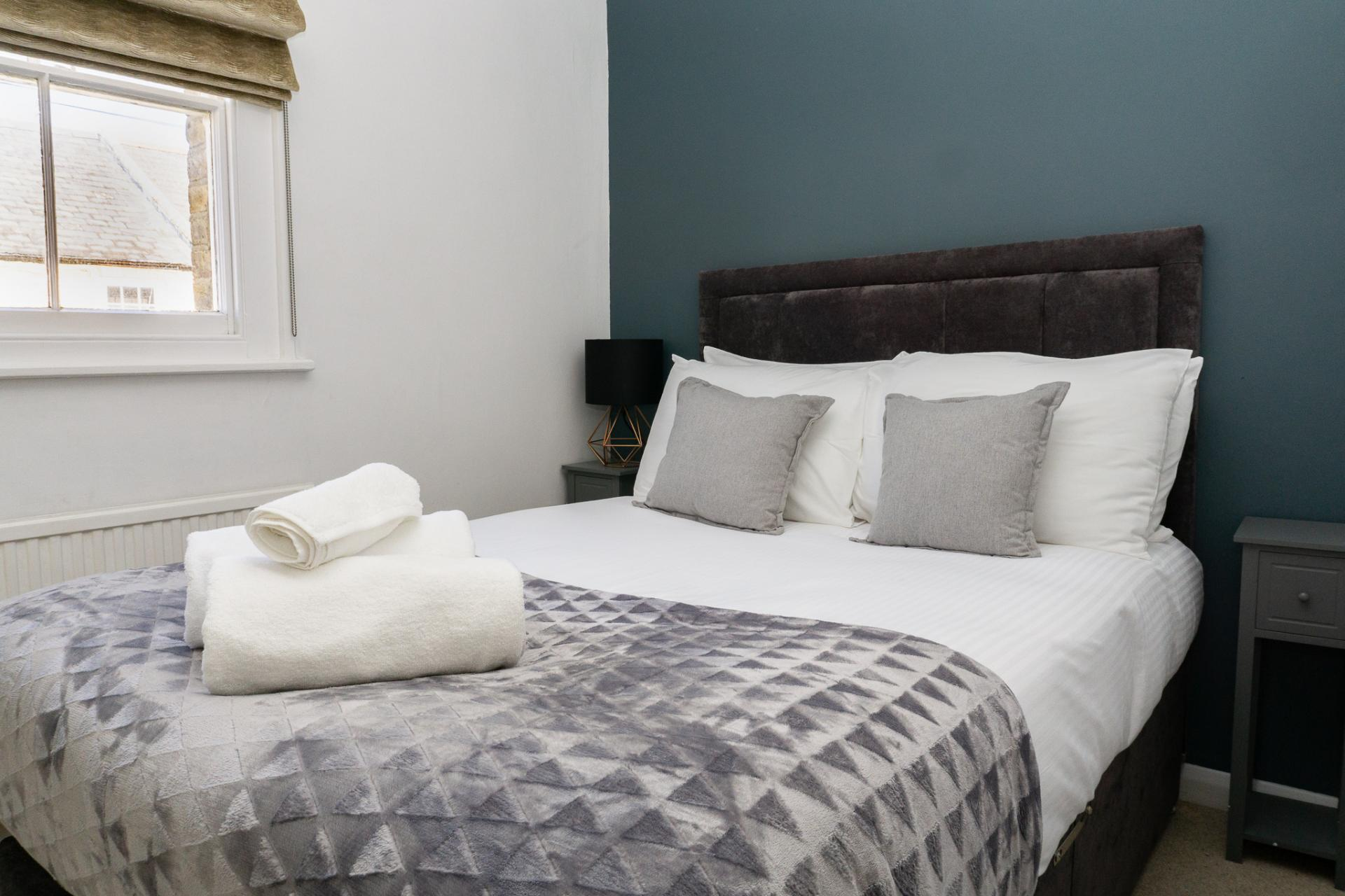 Double bed at Duke Street Cottage