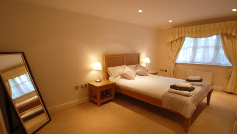 Double bedroom at Warbeck House