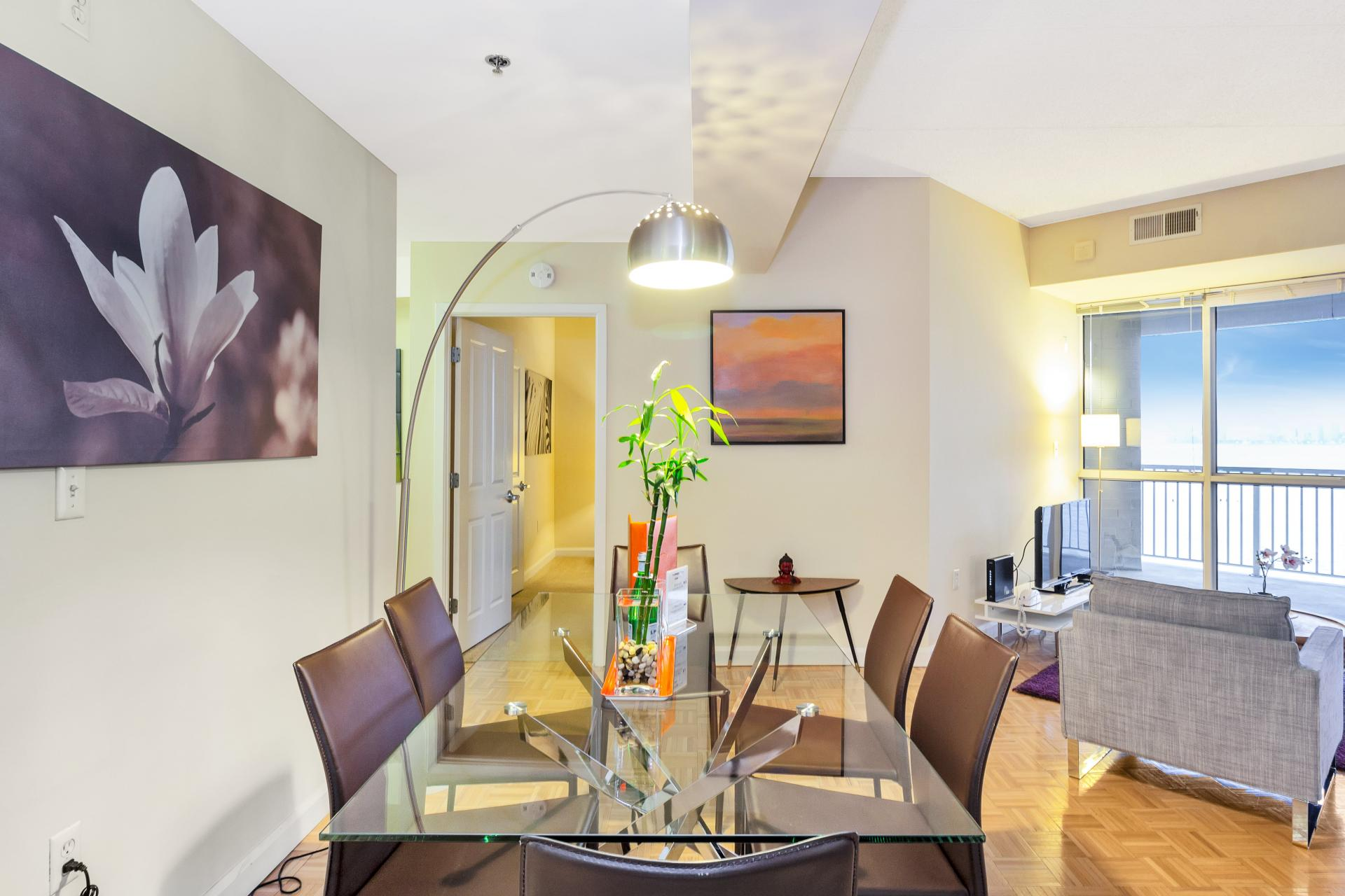 Dining table at Exchange Place Station Apartments