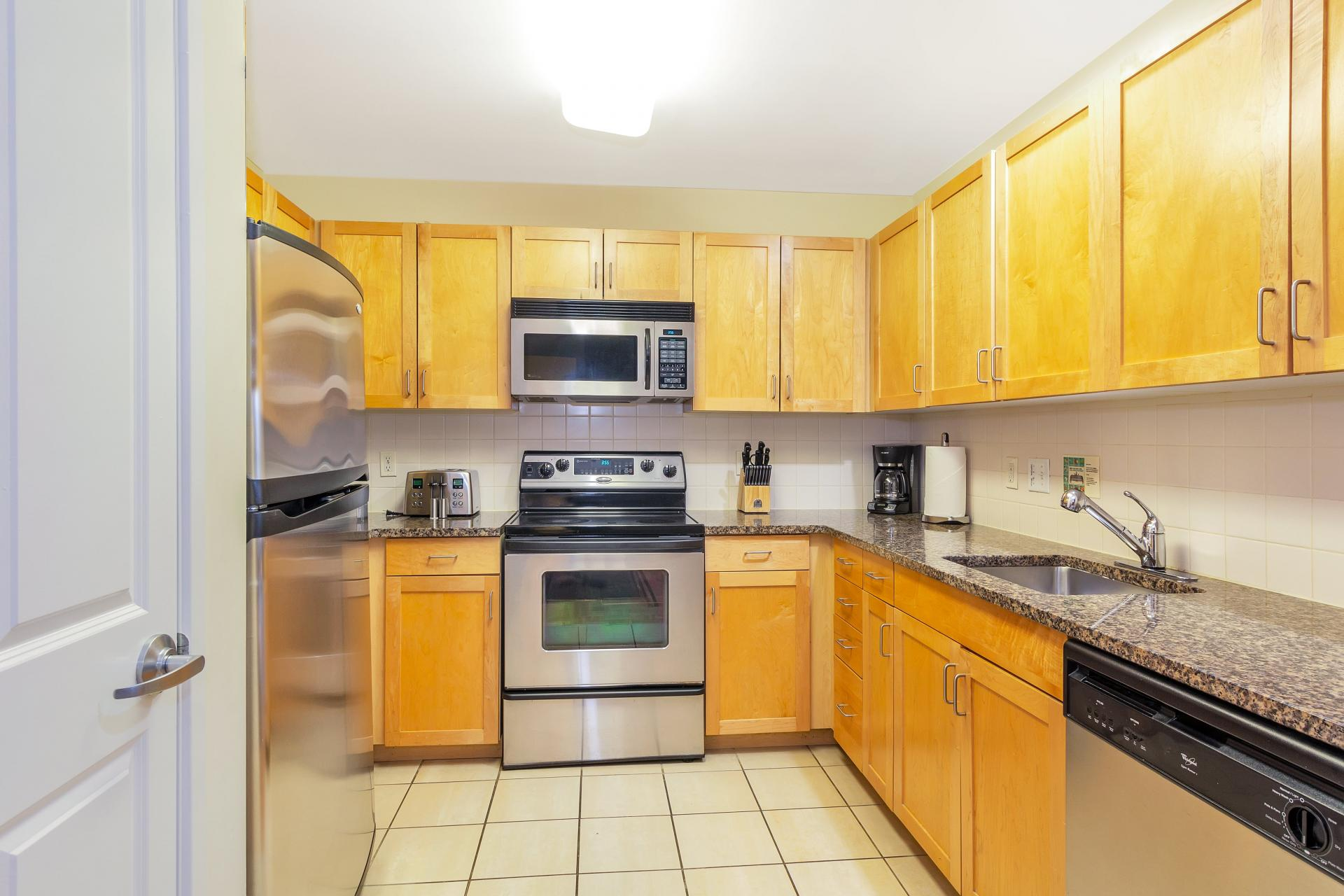 Kitchen at Exchange Place Station Apartments