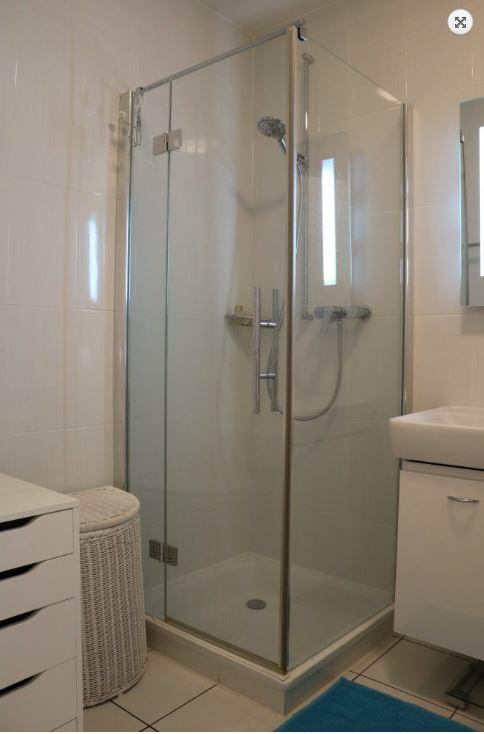 Bathroom at Rue Lausanne Apartment