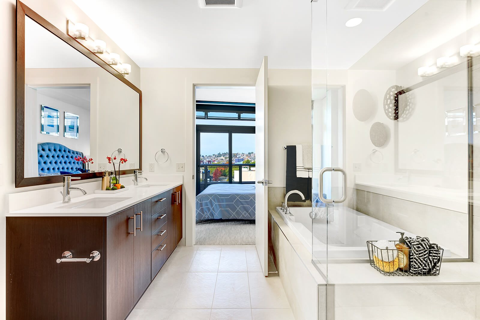 Bathroom at Cirrus Apartments