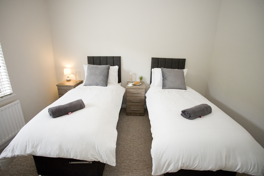 Twin room at Chine Gardens Apartment