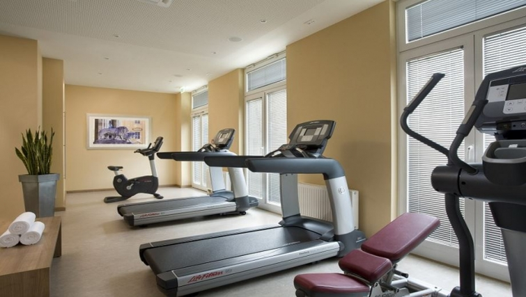 Custom gym in Citadines Arnulfpark Apartments