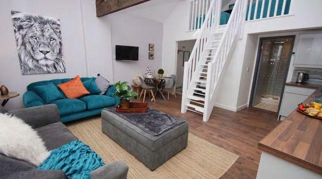 Living room at Broadhurst Apartments